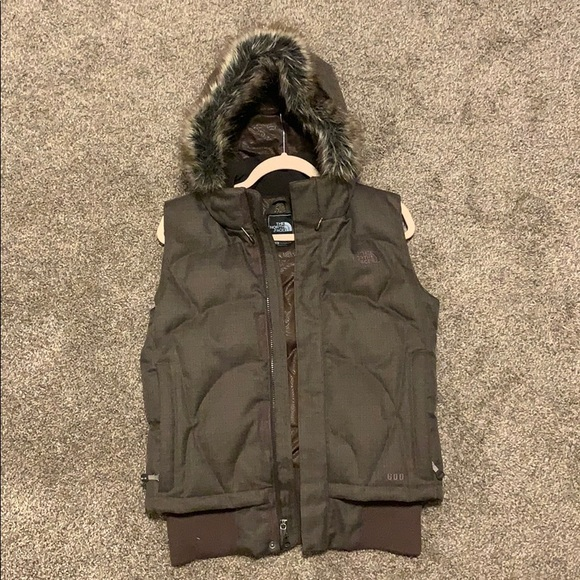 The North Face Jackets & Blazers - North Face 600 vest